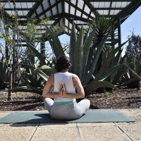 Martha @maestra de yoga